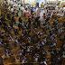 Despliegue policial en Hong Kong frustra acción de manifestantes en el aeropuerto