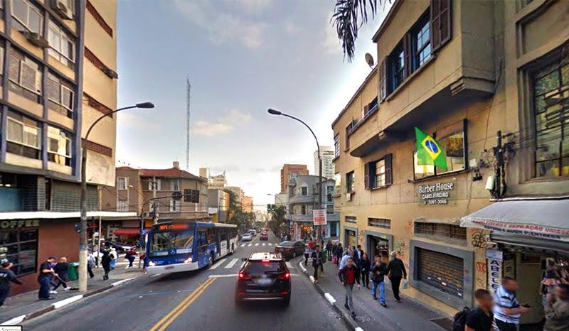 Rua Augusta esquina com Alameda Jaú