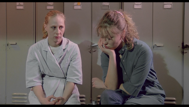 a garota da fábrica de fósforos | filme | finlândia | existencialismo | sartre | trilogia do proletariado | blog | neodesvario