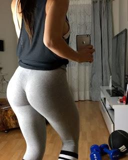 Very sexy selfie-dance