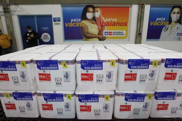 Bahia recebe mais 222.500 doses de vacinas contra a Covid-19