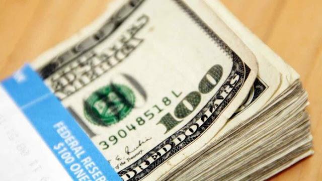 """Dólar """"negro"""" aumenta 50% luego del informe del FMI"""