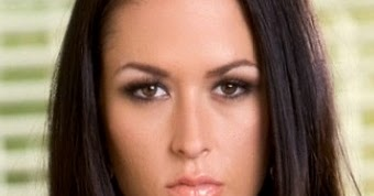 Carmella Bing Net Worth, Wiki, Height, Weight, Age, Bio