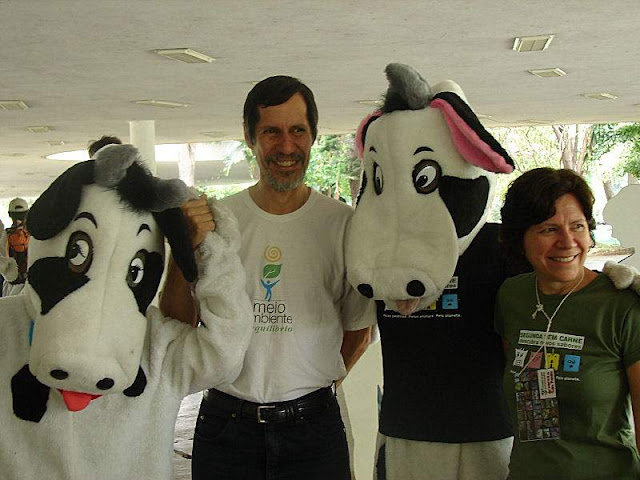"""Tentativa da Sociedade Vegetariana Brasileira (SVB) """"Segunda sem Carne"""" para """"salvar o planeta"""" foi promovida pela Prefeitura de São Paulo.  Porém, colidiu o bom senso. Acabou no fiasco e na risada."""