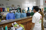 Bupati Suwirta Inspeksi Kesiapan Ruang Isolasi Covid-19 di RSUD Klungkung