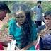 สุดหลอน!! ชาวบ้านแห่งหนึ่งทำพิธีกรรม ปลุกศพเดินได้ ทั้งๆที่หญิงคนนี้ ตายมาหลายปีแล้ว!