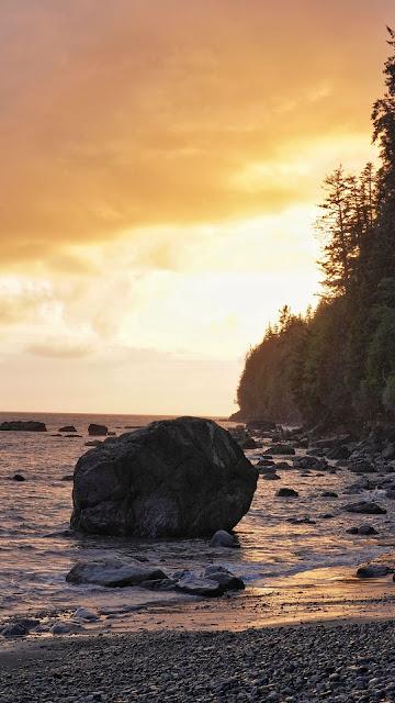 Coast Sunset Big Rock Sea Gloden Sky