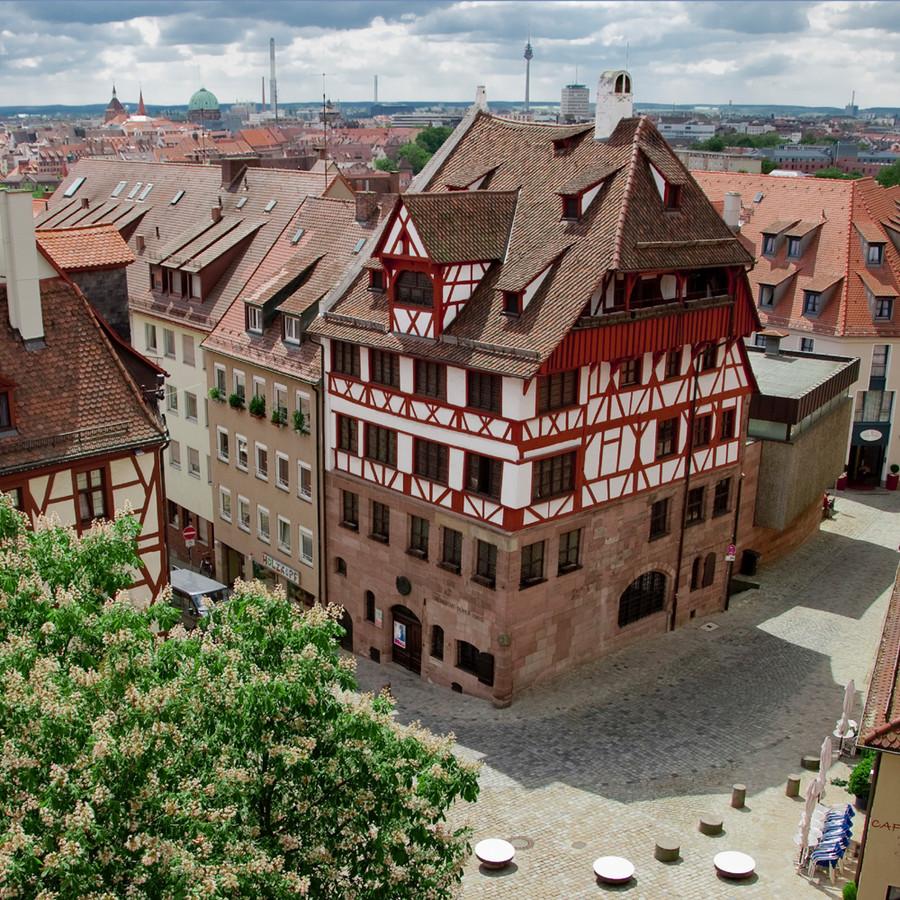Bayreuth és Bhután – wagneri varázslat és bruttó boldogság