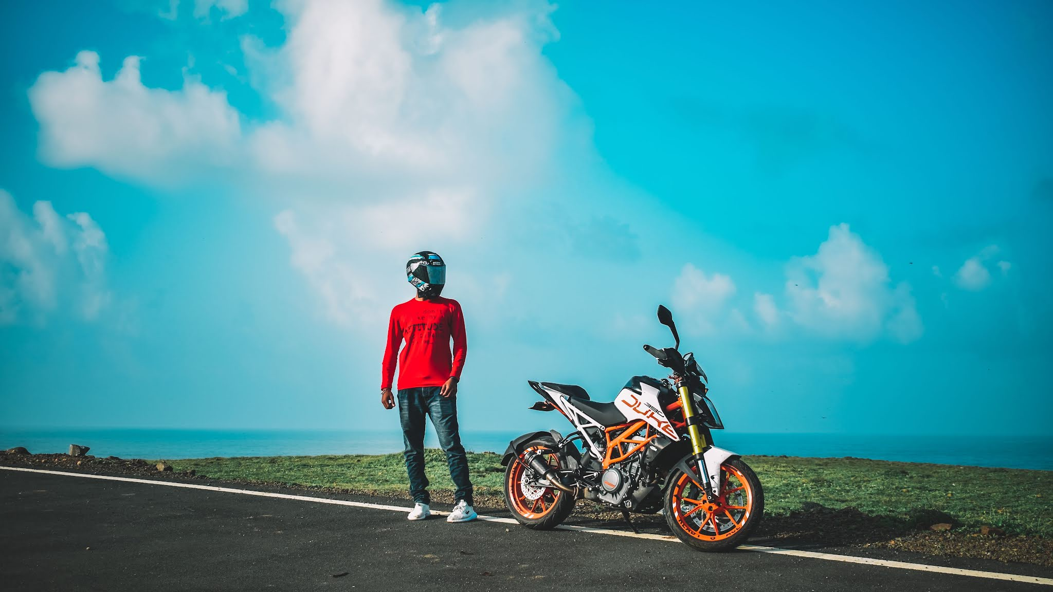 KTM 390 Duke Price, Mileage, Specifications, Colors, Top Speed and Services