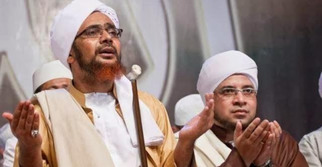 Tausiah Habib Umar bin Hafid : Mencaci dan Melaknat Merupakan Madzhab Iblis