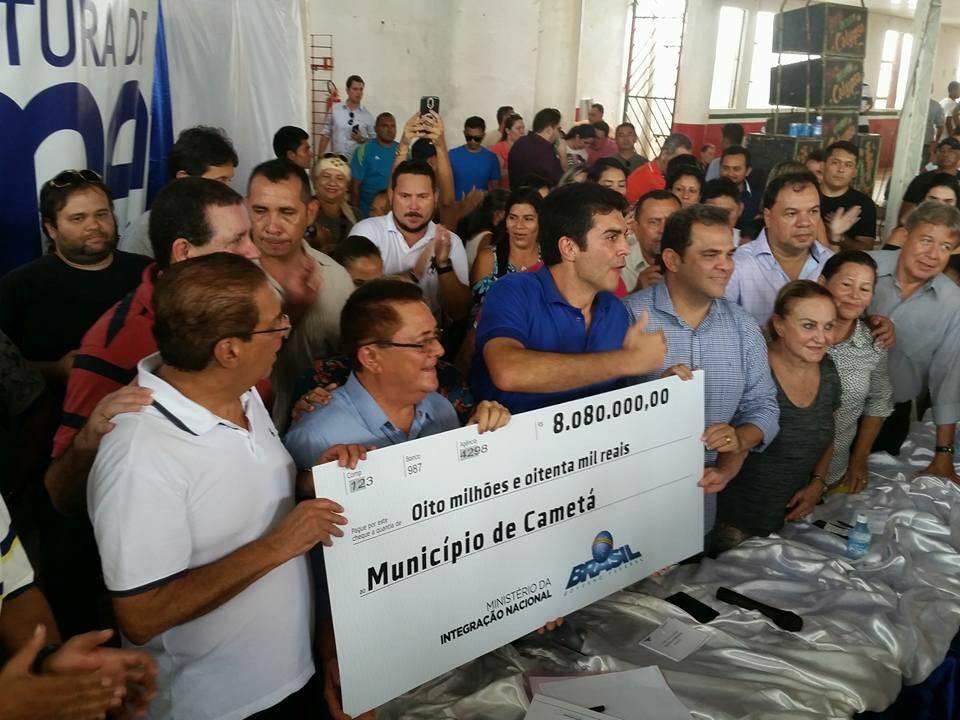 Ananindeuadebates jovem neocabana lan a ovos no ministro for Cameta com