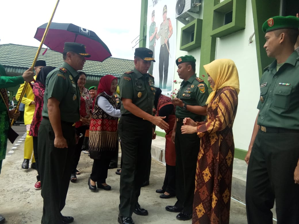 Pangdam II Sriwijaya Ke Jambi Meresmikan Media Center Dan Ruang Puskodal Korem 042 GAPU