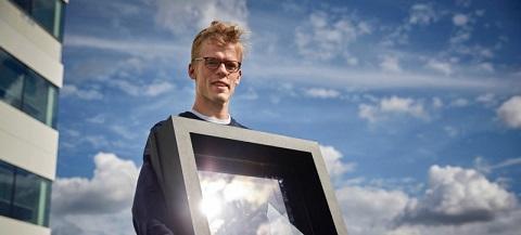 Cửa sổ trong suốt chuyển hóa năng lượng mặt trời thành điện năng