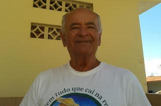 http://vnoticia.com.br/noticia/3770-morre-na-praia-de-guaxindiba-o-comerciante-fiinho