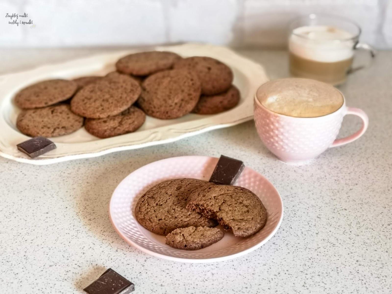 Ciasteczka czekoladowe Ani Starmach, czyli co robić z dzieckiem w domu