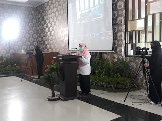 Wakil Bupati Situbondo Hj. Khoirani, S.Pd., MH., Pantau Pelaksanaan Vaksinasi Pelajar Tahap Pertama di SMKN 1 Panji