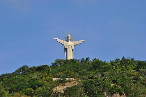 tượng Chúa Kitô