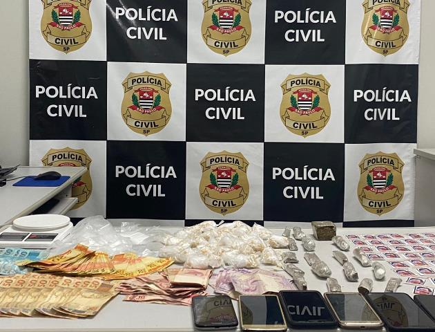 Polícia Civil captura duas mulheres procuradas por tráfico de drogas em Cananéia