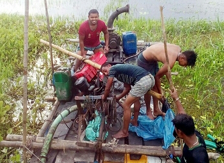 Muradnagar dredger trader Rafiq