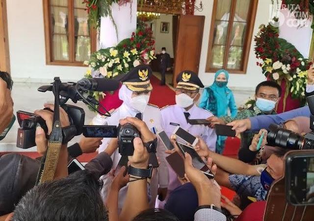 Bupati Banyuwangi Ipuk dilantik