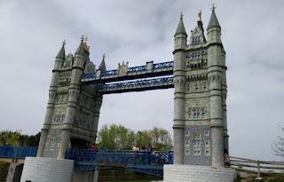 Torrejón de Ardoz, Parque Europa.Puente de la Torre de Londres.