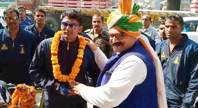 Seven-day cycle trip of ex-servicemen welcomes warm welcome to Ballabhgarh