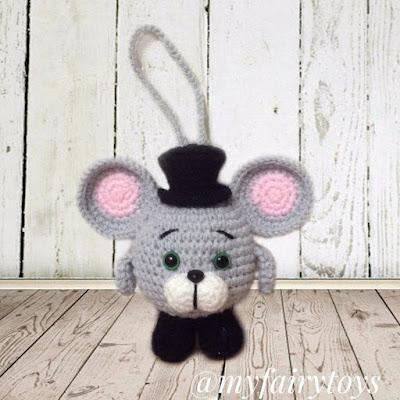 Вязаный мышонок крючком