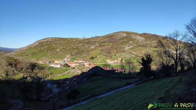 Yernes, vista subiendo a la Braña Senra