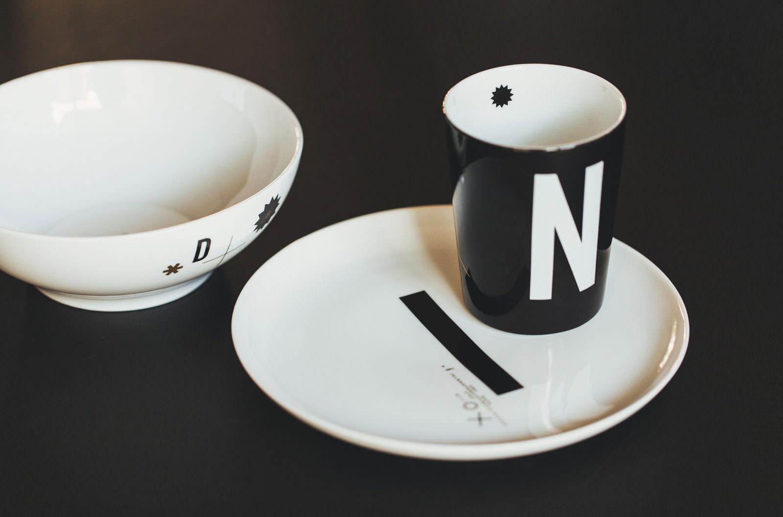 typografia na ceramice