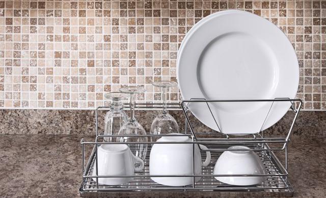 Tips Seputar Perawatan Gelas dan Bak Cuci