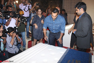 Bipasha Basu with Karan Singh 36.JPG