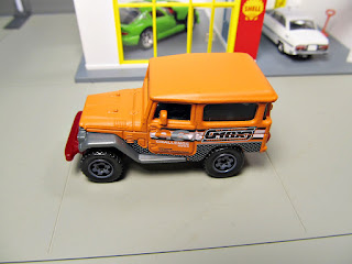 Matchbox Toyota Land Cruiser explorers
