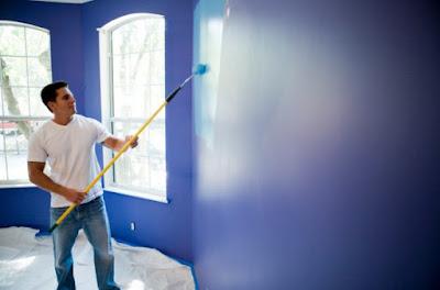 Kali ini saya akan sedikit menyebarkan tips bagaimana cara mengecat rumah anda dengan profesi Cara Mengecat Rumah Sendiri (Hemat & Profesional)