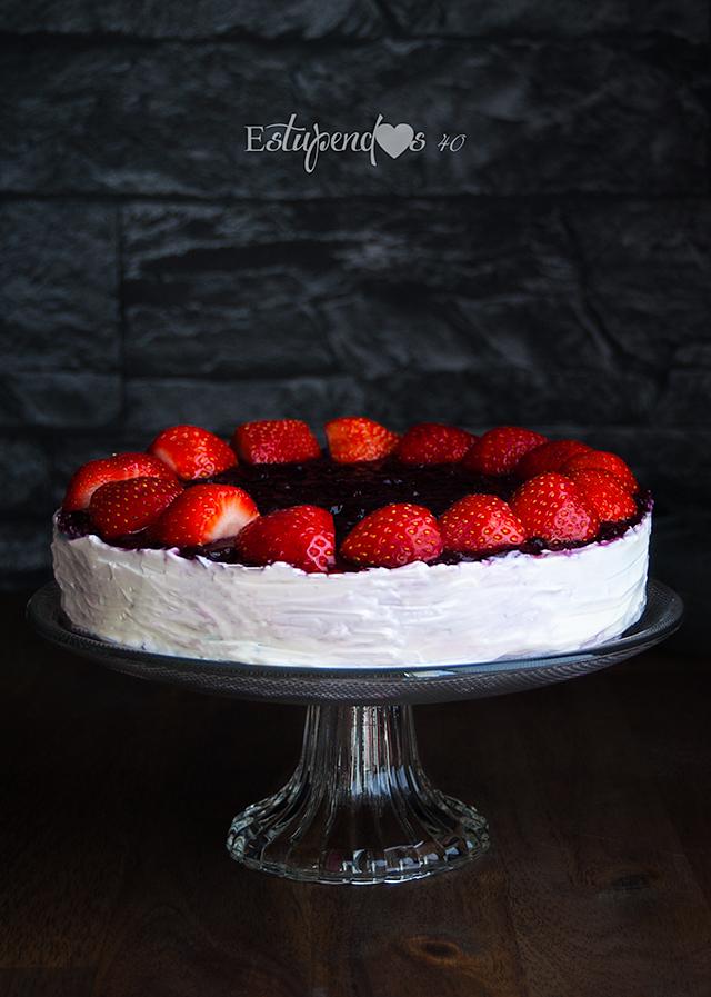 pastel-de-queso-y-fresas