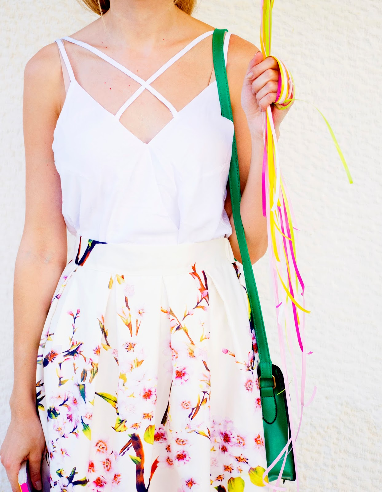 http://www.dressfo.com/p/trendy-spaghetti-straps-solid-color-tank-p_7989.html?lkid=417