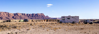 Boondocking near the Vermillion Cliffs National Monument