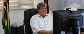 João defende 'volta' do PT para gestão, fala de vacinação e diz não votar em Bolsonaro