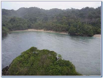Pantai Banyu Meneng Malang Selatan
