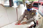 Upaya Pencegahan Penyebaran Virus Corona, Satlantas Polres Sidrap Lakukan ini pada Kendaraan