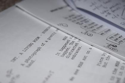 Menulis Naskah Skenario Dengan Drama 3 Babak dan 8 Bagian