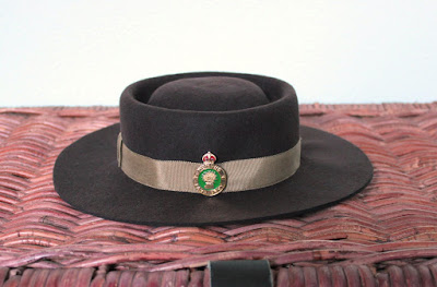 http://misshendrie.blogspot.nl/2016/07/womens-land-army-hat.html