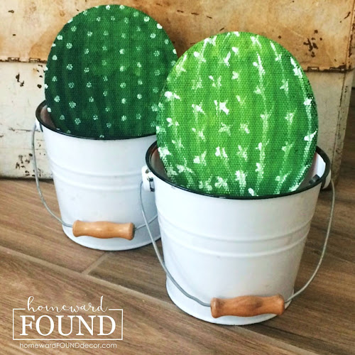 art, boho style, DIY, diy decorating, garden, garden art, junk makeover, outdoors, re-purposing, summer, thrifted, trash to treasure, up-cycling, painting, painted, wood crafts, cactus, cacti, faux painting