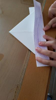 Paso 4 barquito de papel