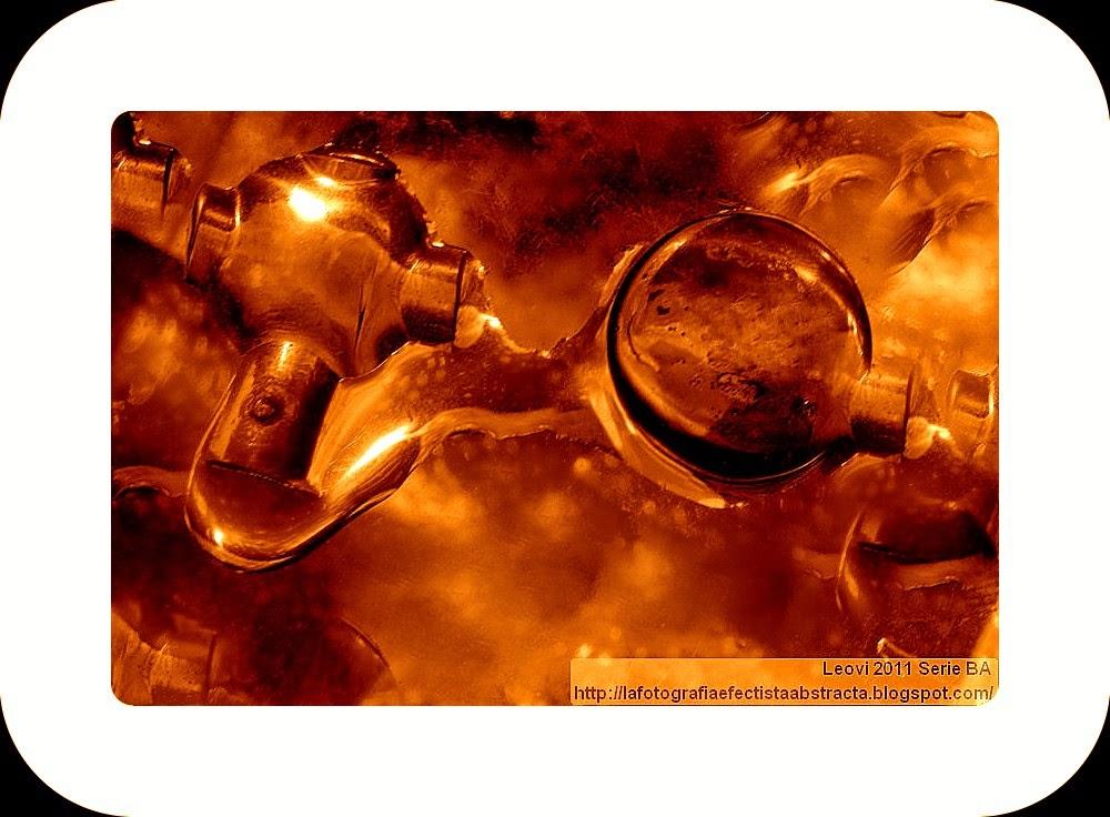 Foto Abstracta 3073  Conexiones sin voz  - Connects voiceless