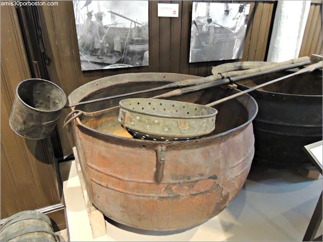 Ollas de Hierro en el Museo de las Ballenas de New Bedford