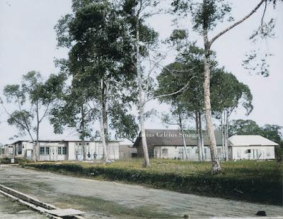 rumah di areal kamp militer jalan raya sidikalang