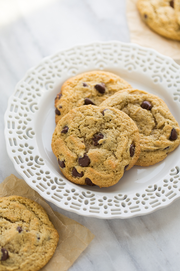 The Best almond flour chocolate chip cookies {grain-free}