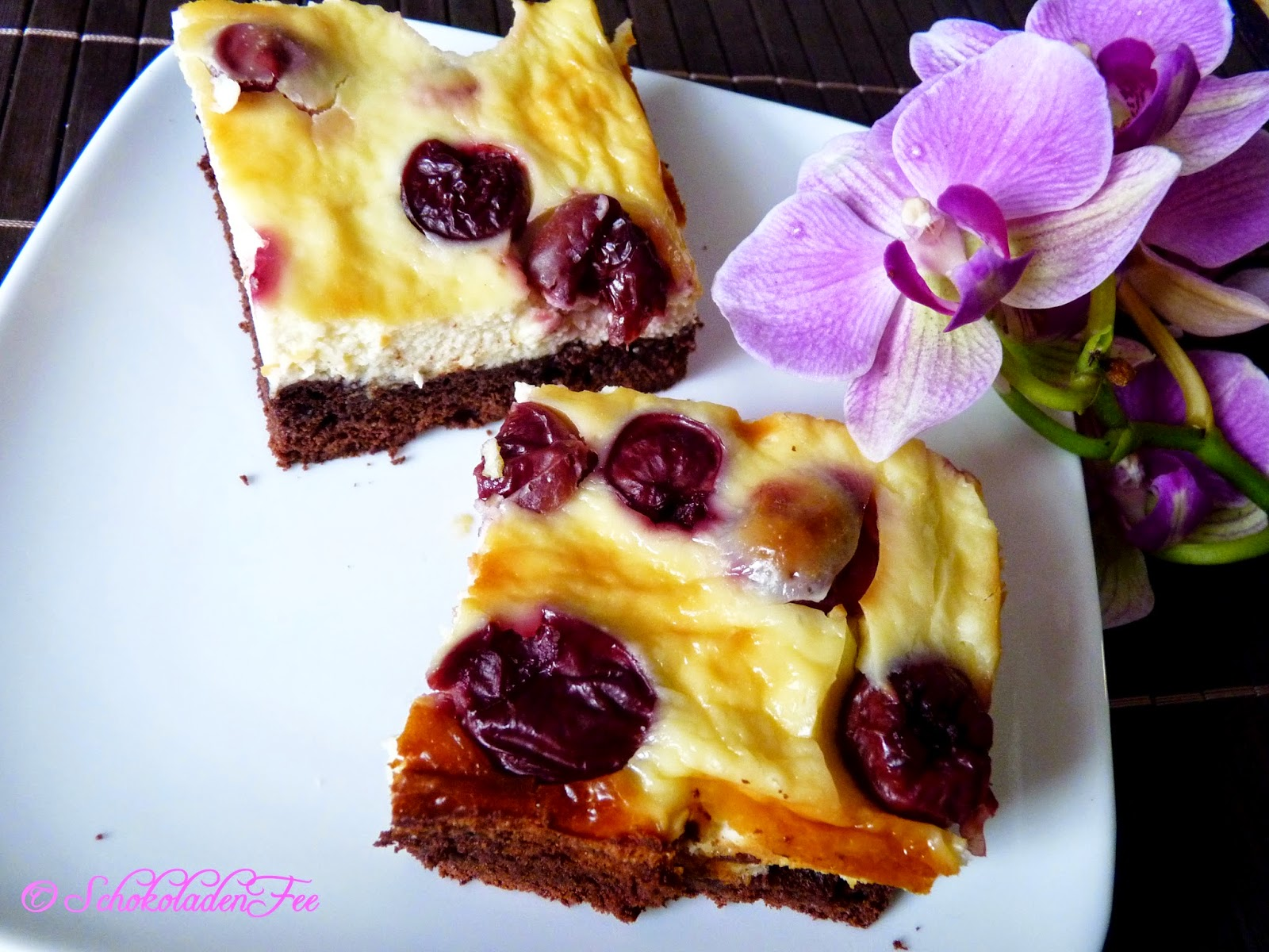 http://bakingavenue.wordpress.com/2014/08/01/cherry-cheesecake-brownies-ein-gastbeitrag-only-german/