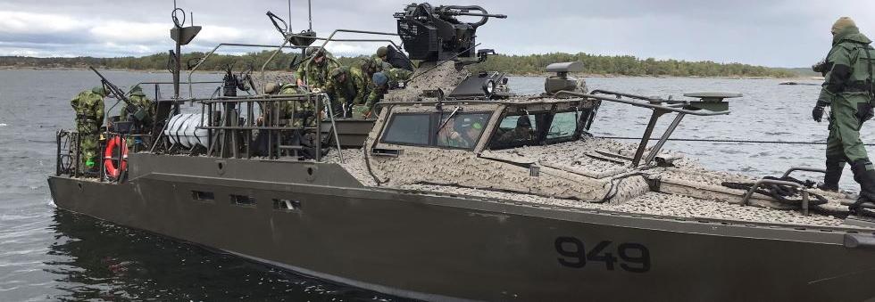Швеція отримала перший модернізований катер CB90 HSM