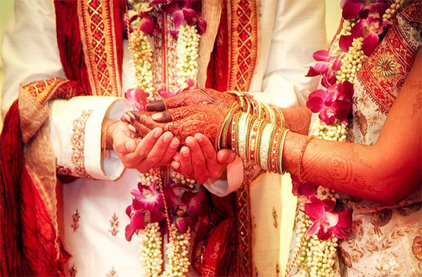 Bride elopes with boyfriend, groom marries another girl, News, Local-News, Marriage, Eloped, Family, Police Station, Kerala